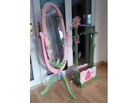 Stunning girls mirror and clothing rail