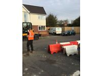MINI DIGGER / OPERATOR & GROUNDWORKER HIRE