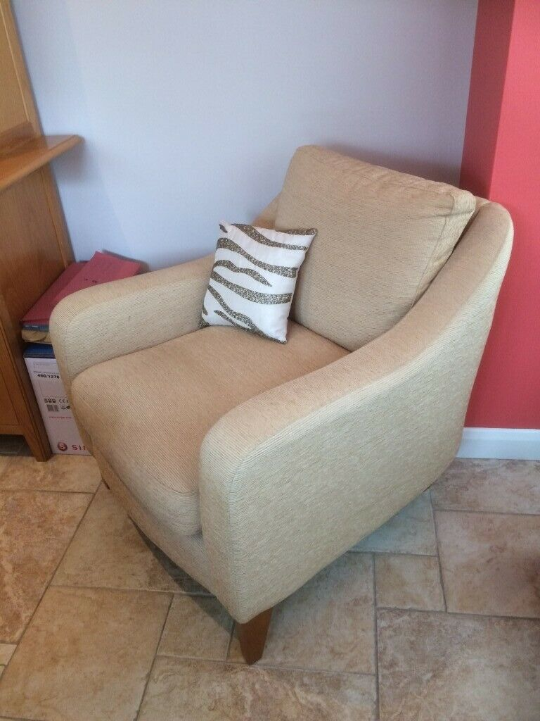 M&S Luxury Armchair cost 899 yours for 40 pounds only | in ...