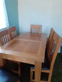Extending 6 seater dining table