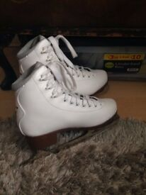 Brand New Children's Ice skates. Size 2 and 1/2