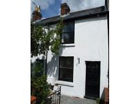 Delightful two bedroom mid terraced house in Alresford Winchester