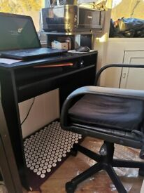 Desk with comfy office chair