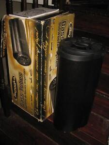 "Bazooka BT Series 8"" 4 Ohm Amplified Dual Passive Tube. 400 Watt Max. Perfect Audio AUX System. NEW"