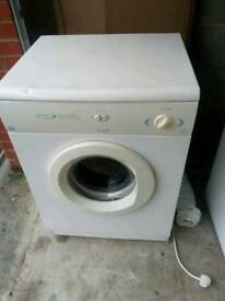 White knight vented tumble dryer 6 kg.