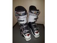 NORDICA Ski Boots Size 9-10 (Used, fully functional)