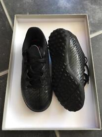 Adidas astro football boots size 11
