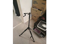 Foldable guitar stand