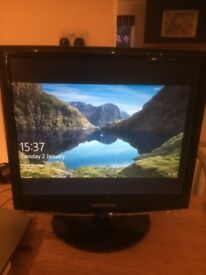 "PC display screen / monitor SAMSUNG 17"""