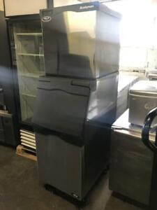 400lb Scotsman ice machine with bin for only $2695! Like new , can ship