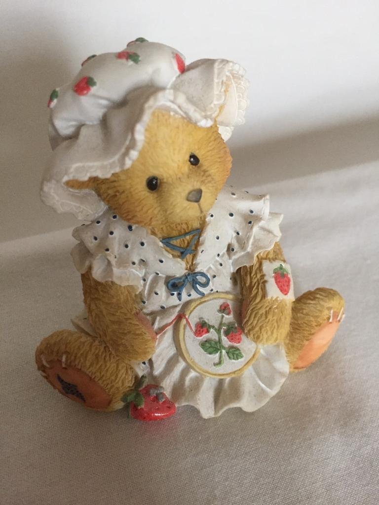 1995 Cherished Teddyin Laindon, EssexGumtree - Youre Berry Special To Me Cherished TeddyPerfect condition Kept in display cabinet £5.00Cash on arrival only