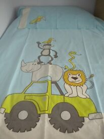 Child's Single Duvet Cover in excellent condition