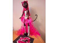 MONSTER HIGH DOLL - CATTY NOIR (rare)