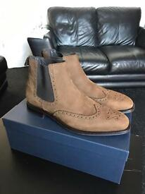 CHELSEA BROGUE WING TIP BOOST Brand new size 10