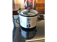 Swan small slow cooker