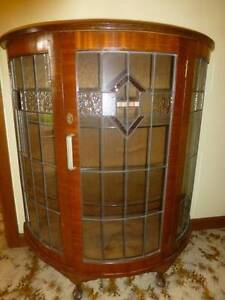 VINTAGE/ANTIQUE GLASS LEAD LIGHT DISPLAY CABINET - CIRC******1930 Winston Hills Parramatta Area Preview