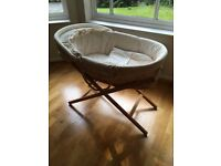 Moses Basket with Stand and Mattress - Mamas and Papas - can deliver Reading-Slough