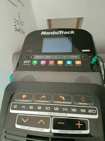 Elliptical cross trainer e11.5