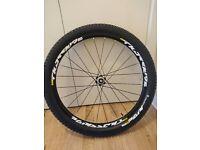 Mavic crossride pulse UST wheels with mavic quest tubeless tyres