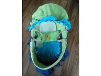 Toys R Us Moses Basket with matress and cover no stand