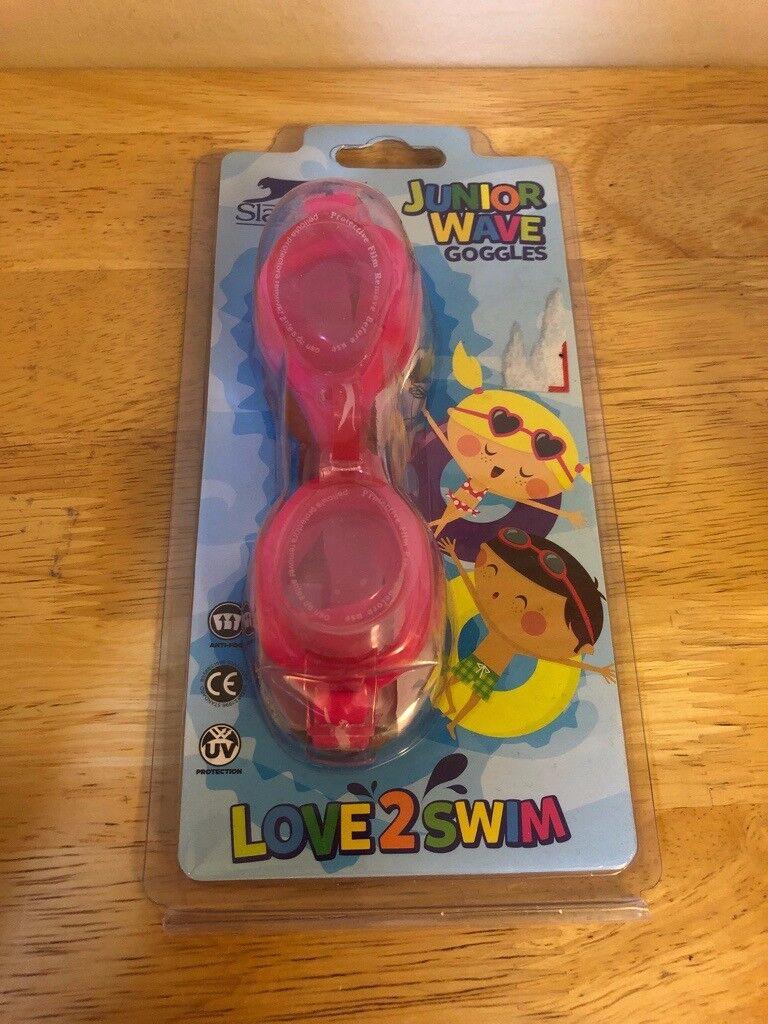 6f5a543edf8 BRAND NEW Kids Slazenger Junior Wave Swimming Goggles Pin