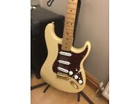 Fender stratacaster delux series