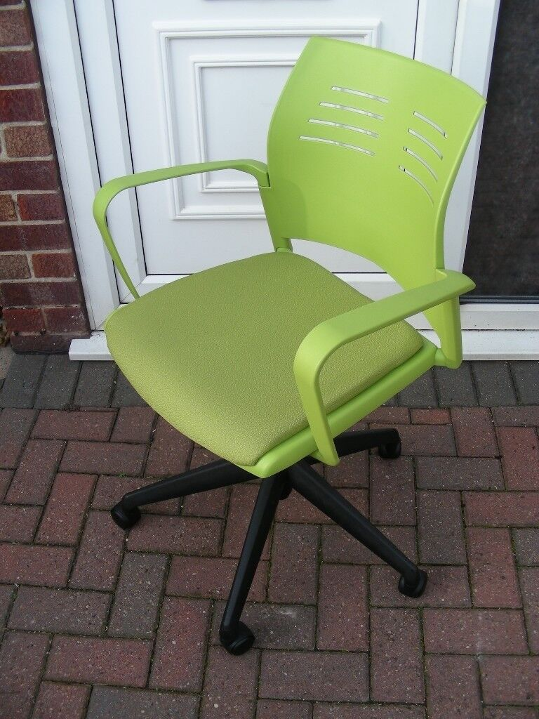 Green Office Arm Chair Swivel Seat Height Adjustable Gas Lift Caster ...