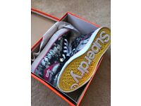 Superdry trainers size 6