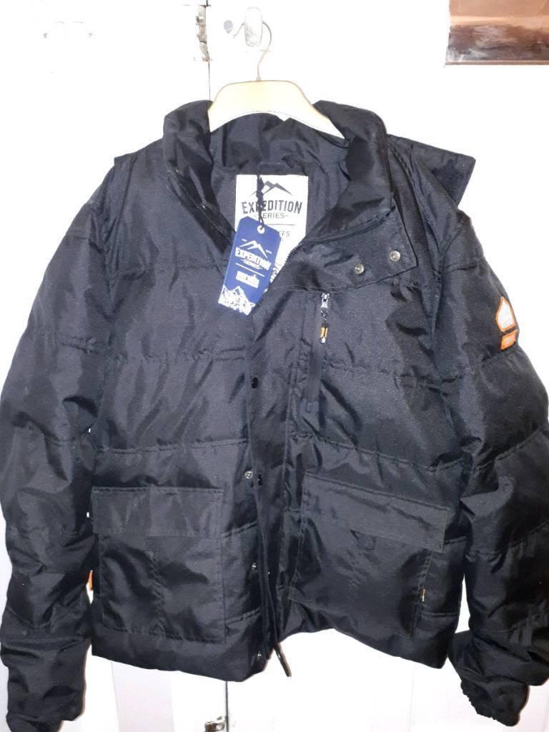Men's padded work style coat new unworn size large