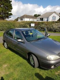 Reliable 2002 Grey Renault Megane For Sale