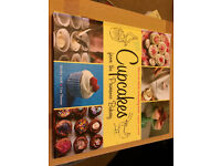 Cupcakes from the Primrose Bakery Cookbook by Martha Swift & Lisa Thomas Brand New Unwanted Gift