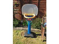 Little Tikes Basketball outdoor hoop