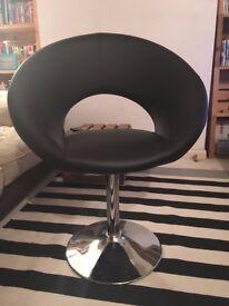Black Swivel Pod Chair - Fantastic Condition