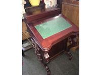 Handsome Vintage Carved Mahogany Davenport Desk Captain's Ship Writing Desk