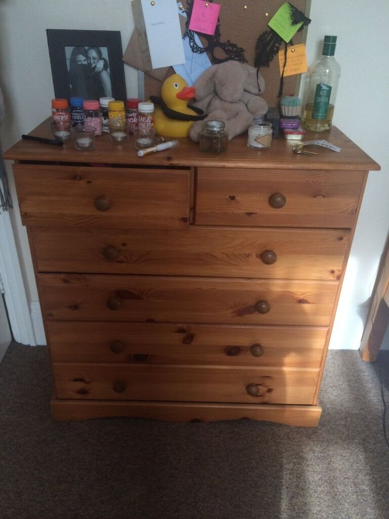 Wood chest of drawersin Golders Green, LondonGumtree - Wood chest of drawers, the last two drawers are a little unstable thats why its so cheap