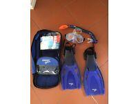Speedo child size snorkeling set