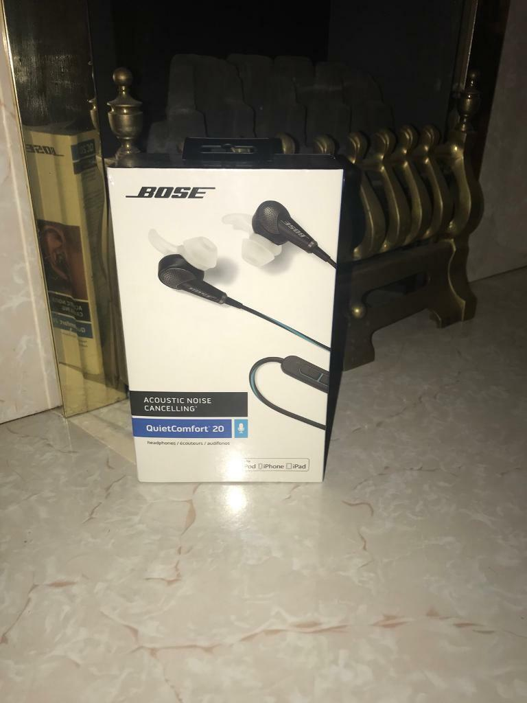 Brand new sealed BOSE earphones Rrp £249