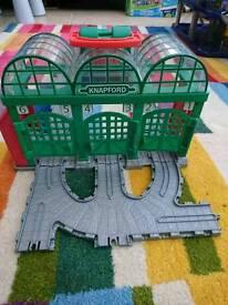 Thomas take n play Knapford station