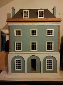 STUNNING 4 STOREY DOLLS HOUSE