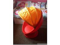 Ikea Lőmsk Swivel Egg Chair
