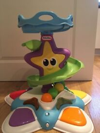 Little tikes stand 'n dance starfish. Used but in great condition, from a smoke and pet free home