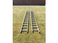 Double aluminium Extension ladder