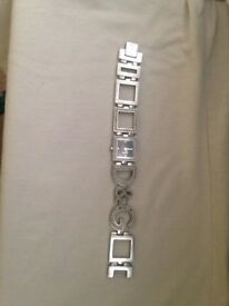 Dolce&Gabana Ladies Watch. (REAL) only worn twice. (Stamped)