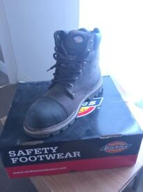 Dickies Men's Work Boots for Sale - £15