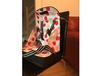 Baby Polar Gear Travel Booster Seat - excellent condition