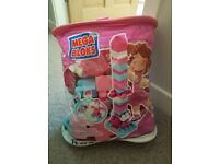Megabloks pink and blue. great for 1 and 2 year olds