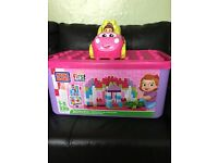 Large mega bloks first builders pink tub and mega bloks catie convertible. Good,clean condition £14