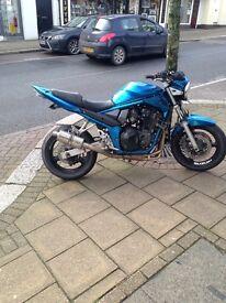 Suzuki bandit 650 street fighter