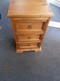 Pine 3 Drawer Bedside.