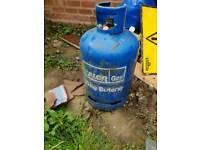 Gas bottle with bit left